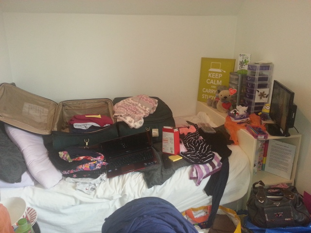 packing up your university room