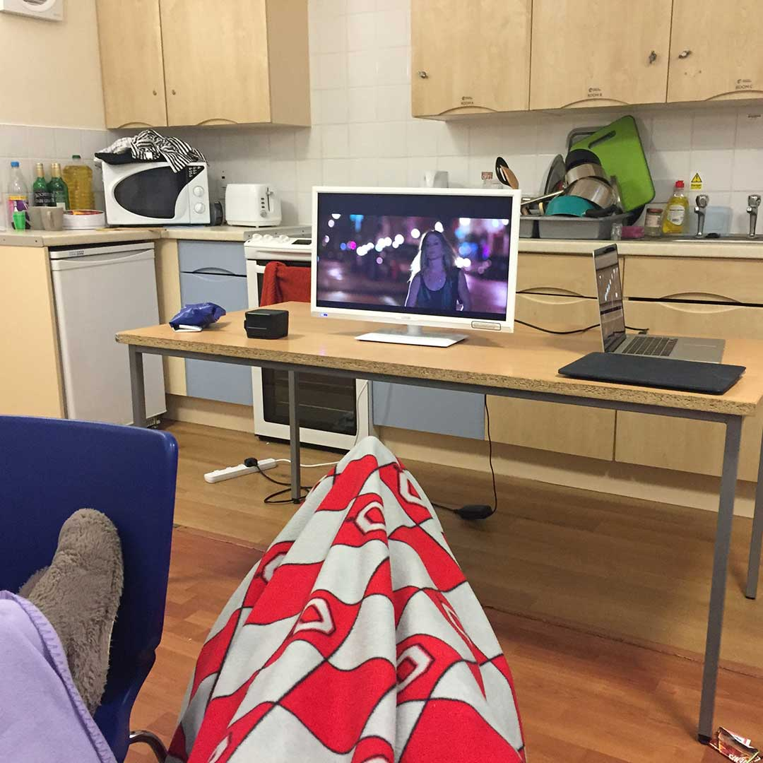 campus-accommodation-halls-movie-night